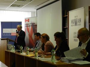 Simulovaný súdny spor v azylovom práve - 2016